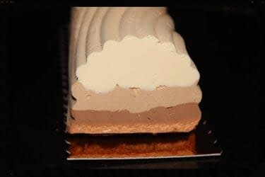 attachment-https://mlkmugelbnkm.i.optimole.com/QL11u0c.q6dV~5a292/w:auto/h:auto/q:auto/https://bnjpatisserie.fr/wp-content/uploads/2020/11/3-chocolats-1.jpg